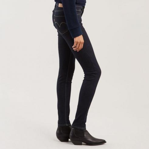 levis-damske-jeans-innovation-super-skinny-17780-0038-celestial-rinse.jpg