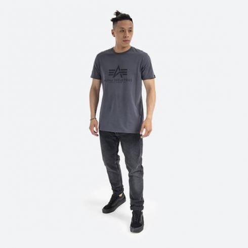 eng_pm_Alpha-Industries-Basic-T-Shirt-100501-412-37191_2.jpg