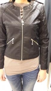 Sb 21 Fekete átmeneti kabát
