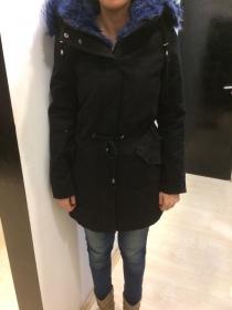 Sb 16 Fekete kabát